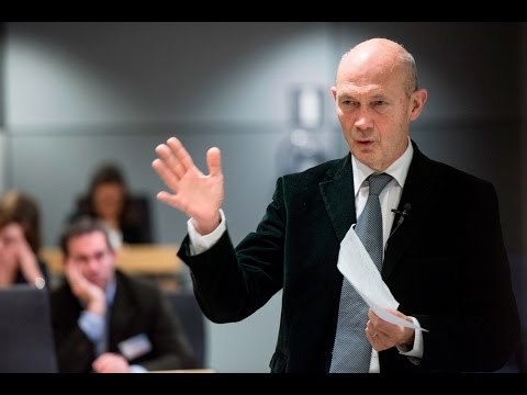 Adaption and Change in Global Governance by Pascal Lamy
