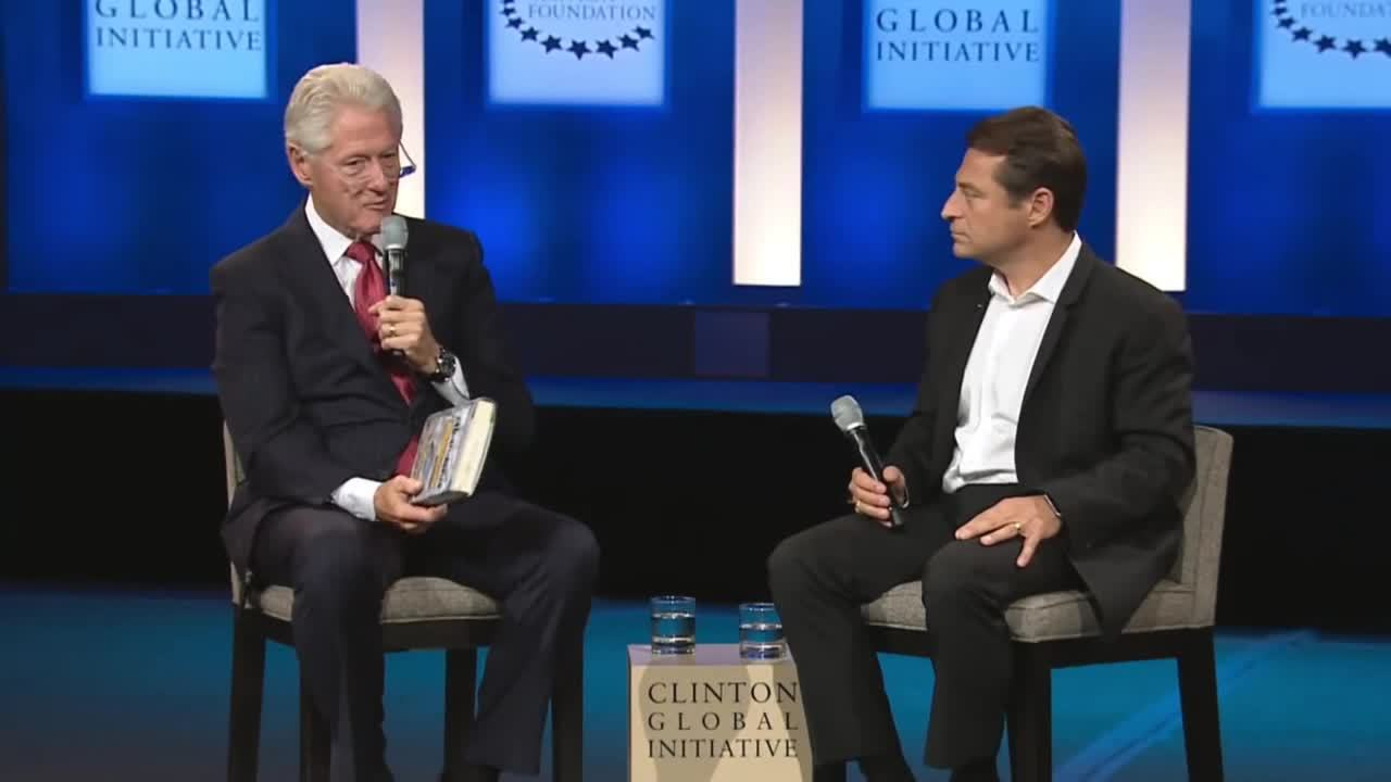 Peter Diamandis Conversation with Bill Clinton