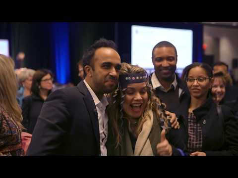 Neil Pasricha | Leadership and Happiness Expert